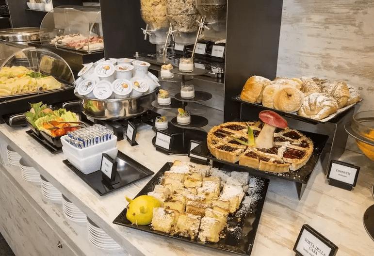 ローマのおすすめホテル_朝食