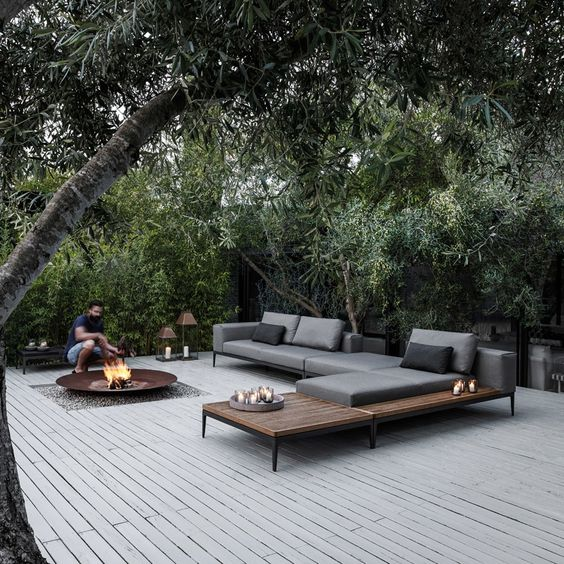 おしゃれな屋外用ガーデンテーブル&チェア_ラウンジスタイル